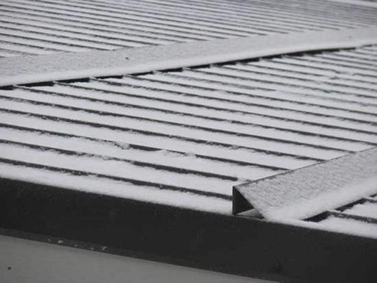 snegozaderzhatel_004