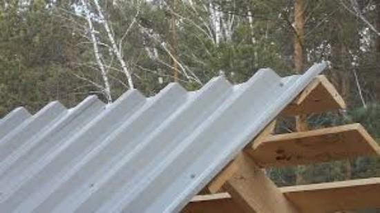 Покрыть крышу металлопрофилем своими руками видео